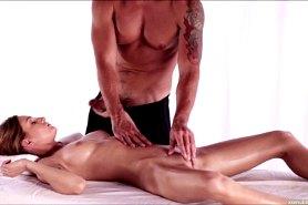 Интимный массаж с проникновением