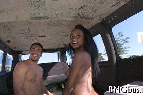 Горячий хардкорный секс в авто
