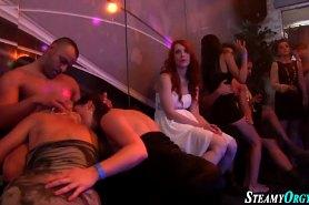 Секс на дискотеке с пьяными шалавами