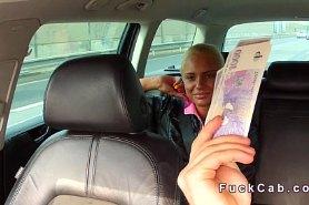 Русская телка шикарно трахается за деньги