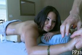 Посматреть порно делая масаж