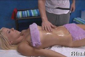 А массаж окончился сексом